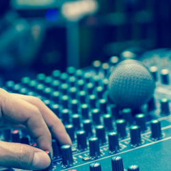 3 Tips When Hiring a Music Producer
